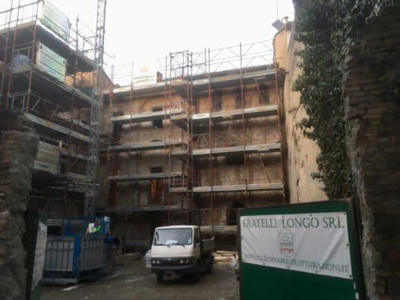 Piazzale S. Maddalena (PR) Demolizione del tetto
