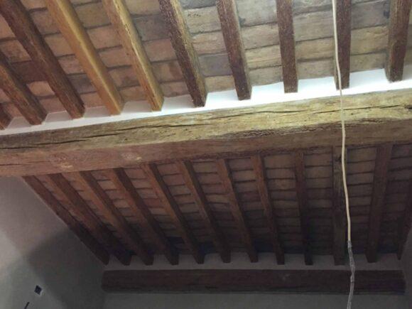 Via Imbriani (PR) Sabbiatura di soffitto all'emiliana